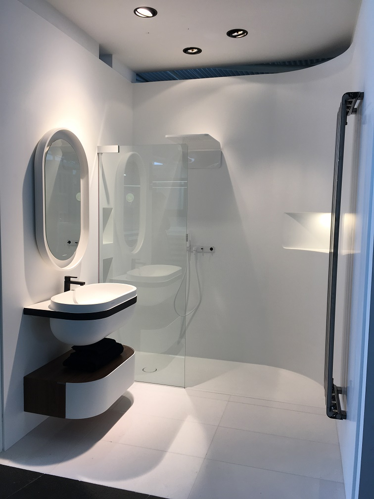 Tipos de mamparas de ducha ¿Cuál es la mejor mampara para el baño?
