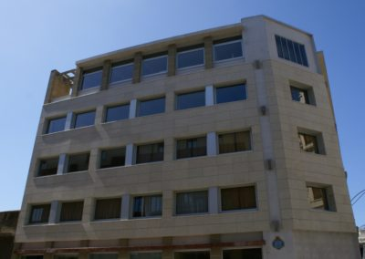 Fachada-Instituto-Bertendona-lateral